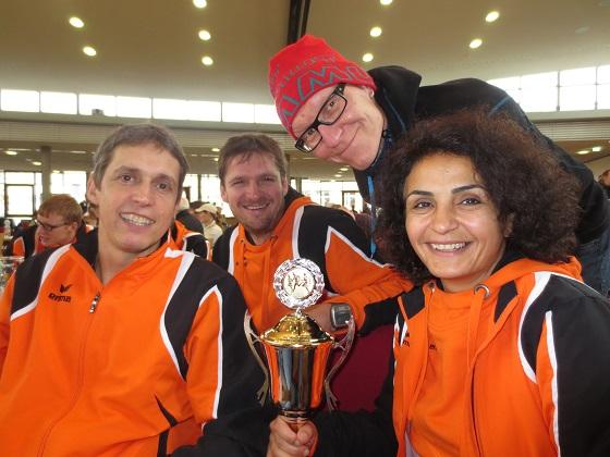 Pokal für die teilnehmerstärkste Mannschaft beim Hauptlauf in Eppelheim :)